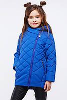 Яркая детская демисезонная куртка спортивного стиля