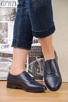 Женские кожаные туфли синего цвета