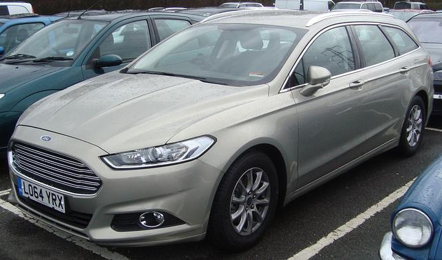 FORD MONDEO I (1993-)