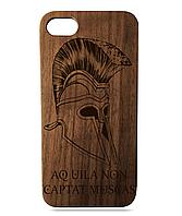 """Дерев'яний чохол  Wooden Cases для Apple iPhone 7/7s/8 з лазерним гравіюванням """"Helmet Sparta"""" Орех"""