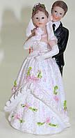 Статуэтка керамическая, жених и невеста с розочкой