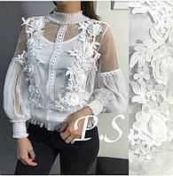 Женская фатиновая блузка с цветочной вышивкой