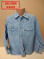Рубашка джинсовая на мальчика  140/10лет. Весна, осень;