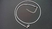 Шнур вощеный с карабином белый