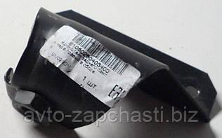 Кронштейн бампера ВАЗ 2105 задний внутренний (с гайкой) правый Х