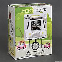 """Часы LM 7361 """"Автомобиль"""" (72/2) 3 вида, на батарейке, на металической подставке, в коробке"""