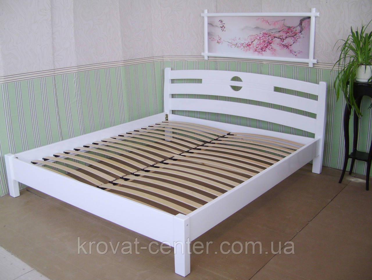 """Белая двуспальная кровать """"Сакура"""""""