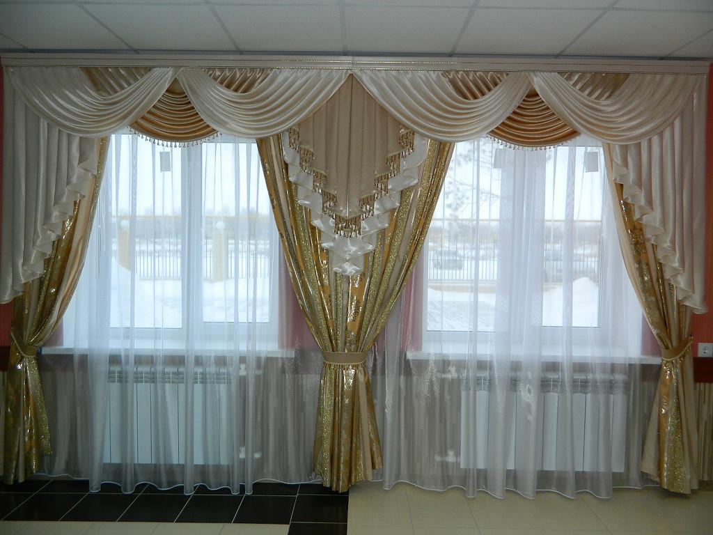 Ламбрекен на два окна для зала г. Хмельницкий