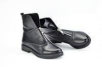 Ботинки черные кожаные спереди змейка