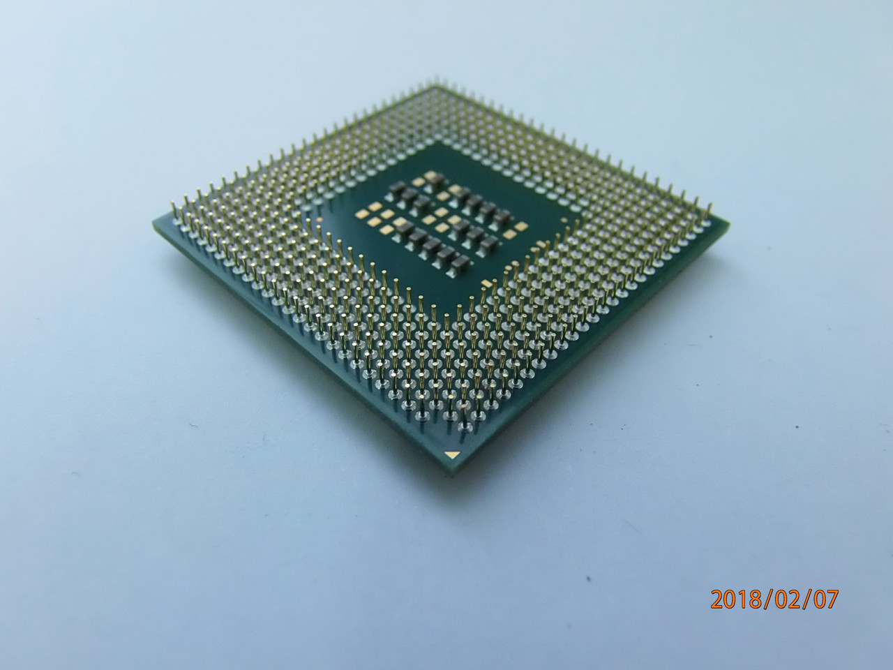 Процессор Intel Celeron  2,0Ghz/128/400/1.315V-1.525V SL6VY