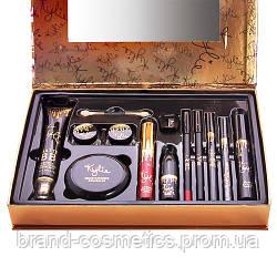 Подарочный набор KYLIE Holiday Edition of fashion makeup set