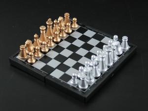 Шахматы маленькие