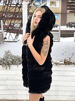 Чёрная меховая жилетка с капюшоном 80 см