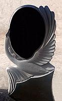 Пам'ятник з різьбою Лебідь