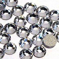 Камни Swarovski №4 белые 100 шт