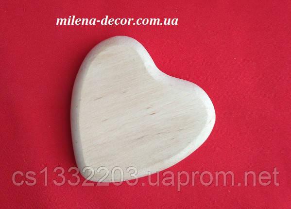 Деревянное сердце 7,5*8см (толщина 1,5см)