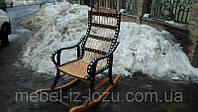 Розборочное кресло-качалка черное.