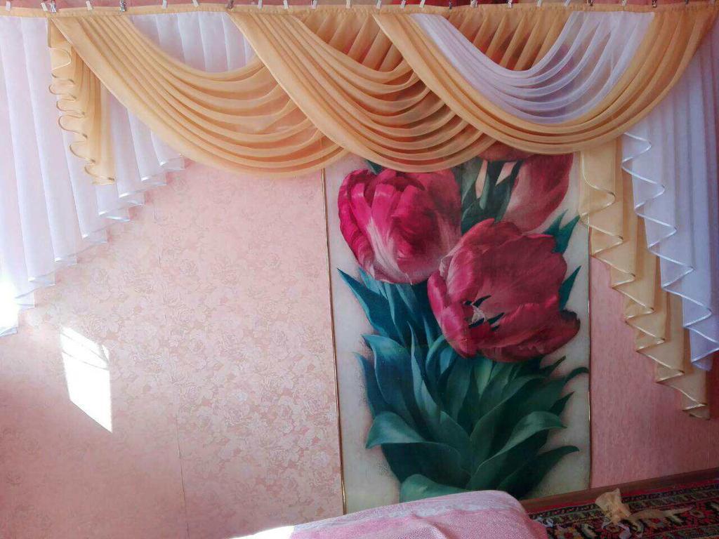 Ламбрекен для зала 3 метра персиковый правосторонний (Боярка)