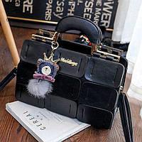 Большая женская сумка Mei&ge с металлическими ручками и брелком черная, фото 1