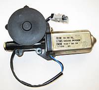 Двигатель/привод стеклоподъёмника BMW 5 E34 (89-95) 67628359373 / 67628359374