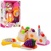 Продукти солодощі, посуд, свічки