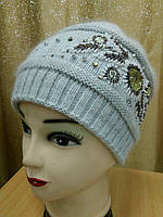 Теплая двойная женская шапка с вышивкой р-р 55-57, цвет серый