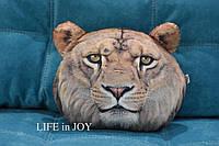 Подушка с 3D принтом льва