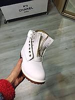 Женские белые ботинки Балманы