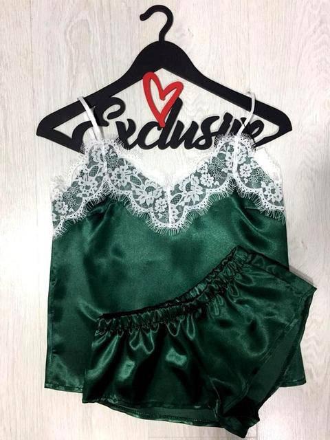 Женская атласная пижама изумрудная S 40-42