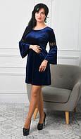 Кокетливое бархатное платье