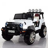 Двухместный детский электромобиль джип M 3572 EBLR-1, кожаное сиденье