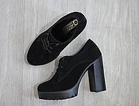 Черные ботильоны на каблуке