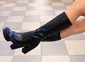 Женские кожаные сапоги на удобном каблуке