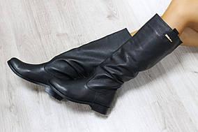 Демисезонные кожаные высокие сапоги черные без замка