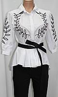Рубашка женская под пояс, белая с черной вышивкой