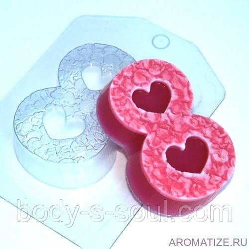 Пластиковая форма для мыла 8 марта/лепестки
