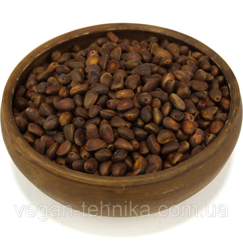 Кедровый орех для настойки (неочищенный в скорлупе)
