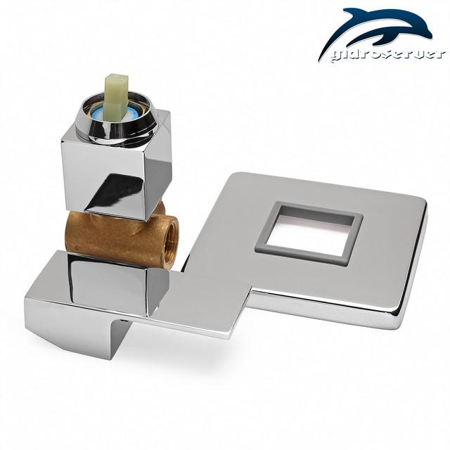 Встраиваемый смеситель для душа KV-01 с прочным, латунным корпусом и соединениями под 1/2 дюйма.
