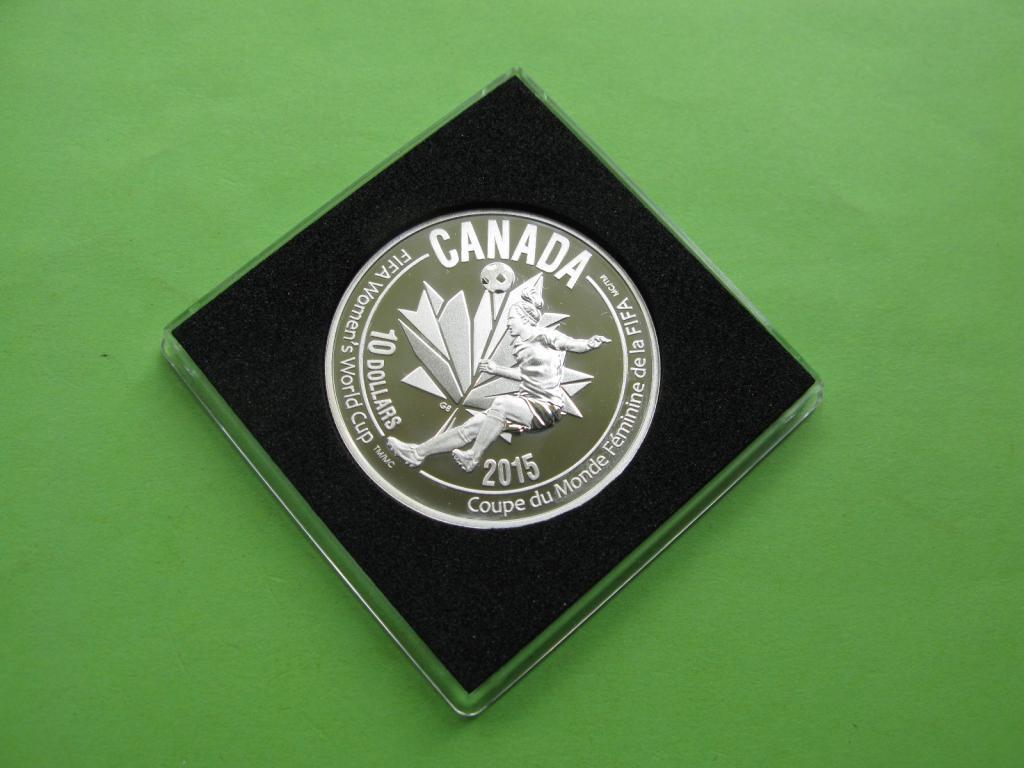 Канада 10 долларов 2015 г. Футбол ,женский чемпионат в Канаде