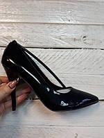 Туфли женские  лодочки черный лак