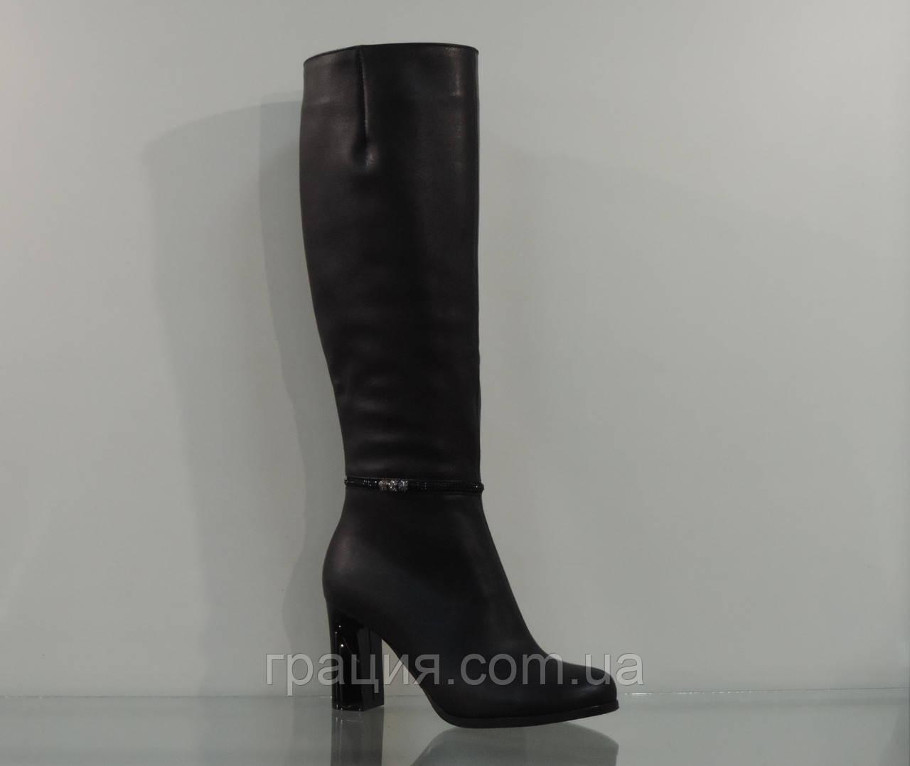 Элегантные сапожки женские демисезонные кожаные на каблуке