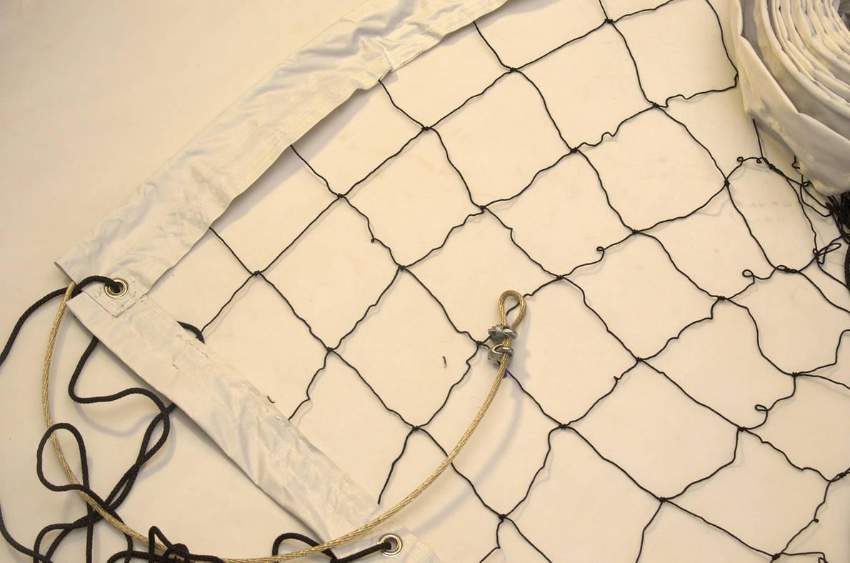 """Волейбольная сетка с тросом  капроновая D 1,2мм., 10см. ячейка для волейбола обшита с 4 сторон Капрон10 норма"""", фото 2"""