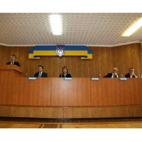 Приняли участие в круглом столе, посвященном обсуждению изменений в процессуальных кодексах.
