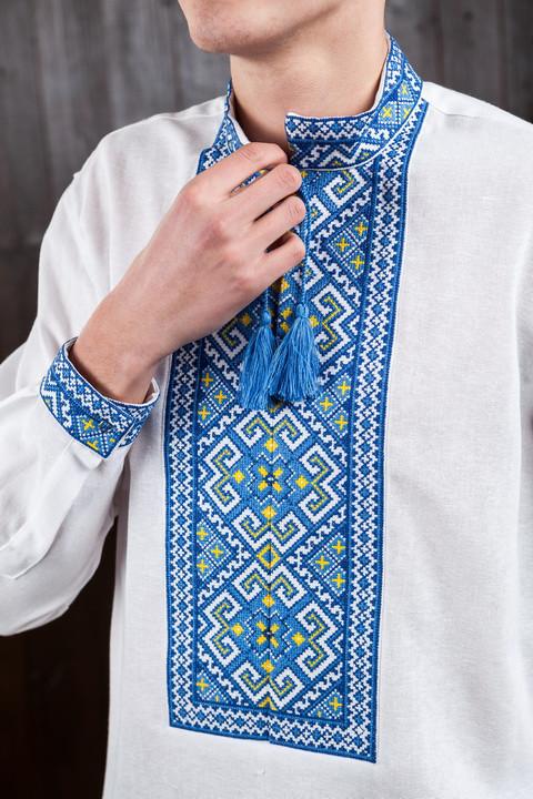 Мужская вышиванка с синей вышивкой Тарас