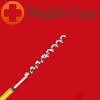 Гистероскопический штопорообразный инструмент, используемый при лечении миомы