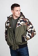 Мужская куртка с отделкой из ткани с камуфляжным рисунком