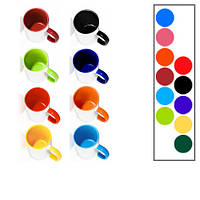 Чашка белая с цветной ручкой и цветная внутри с фото