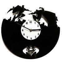 Часы настенные Супермэн против Бэтмэна 110-10811331