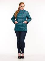 Женская куртка больших размеров из плащевки-лаке