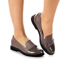 Туфли женские кожаные коричневые с лаковым носком на низком каблуке и резинках размер 38